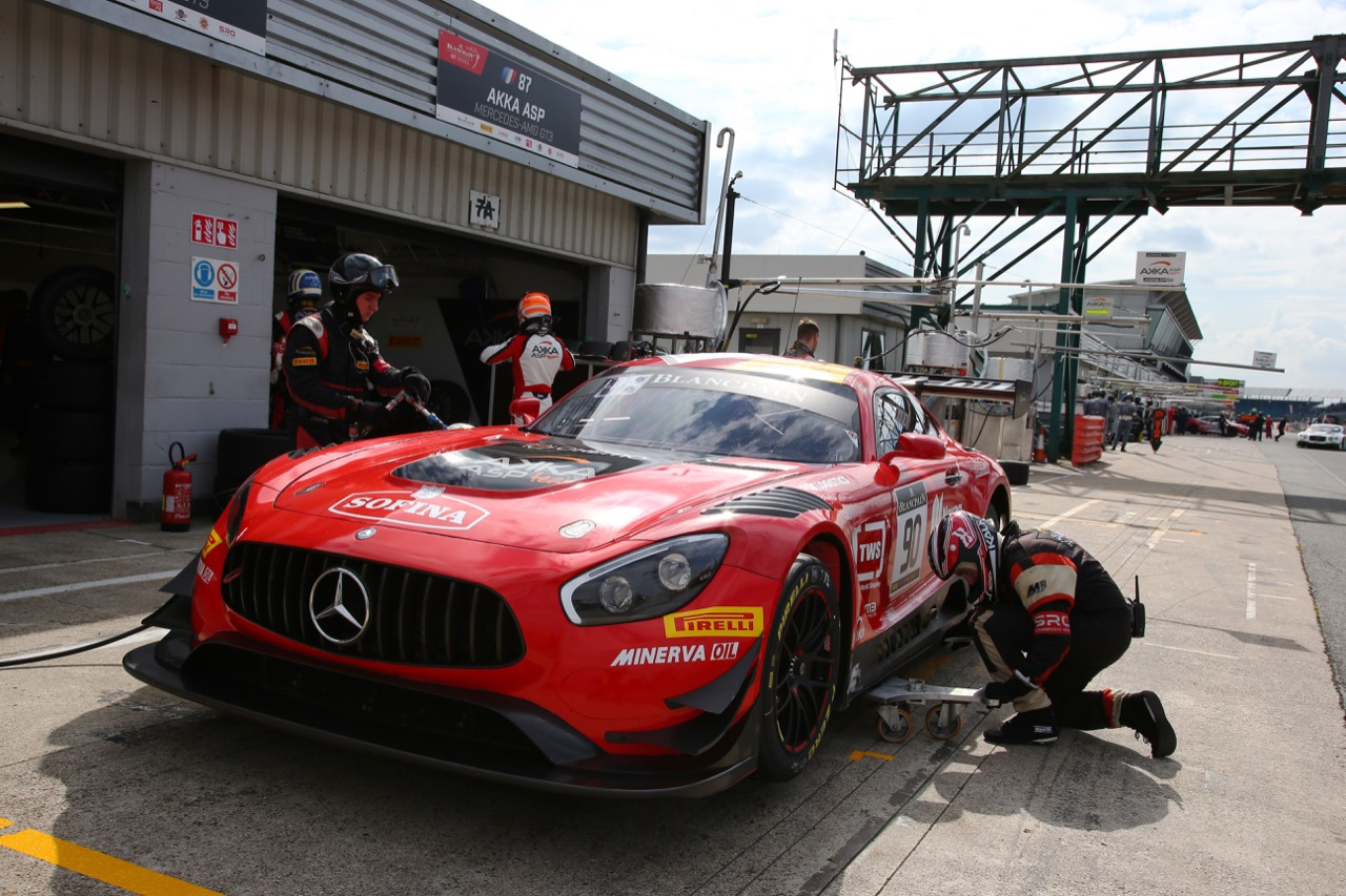 Akka ASP - Michael Meadows(GBR), Raffaele Marciello(ITA), Edoardo Mortara(ITA) - Mercedes-AMG GT3