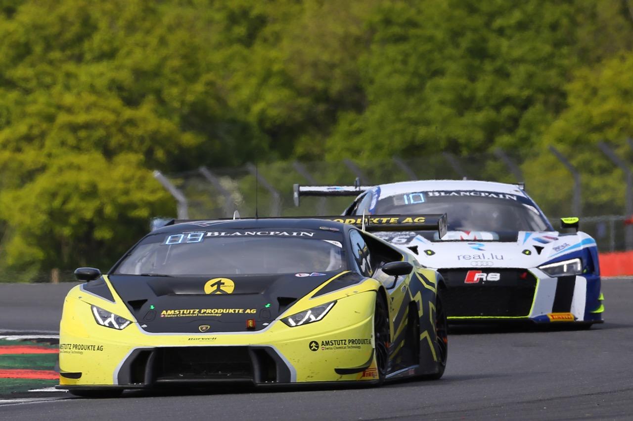 Barwell Motorsport - Adrian Amstutz(CHE), Martin Kodric(CRT), Patrick Kujala(FIN) - Lamborghini Huracan GT3