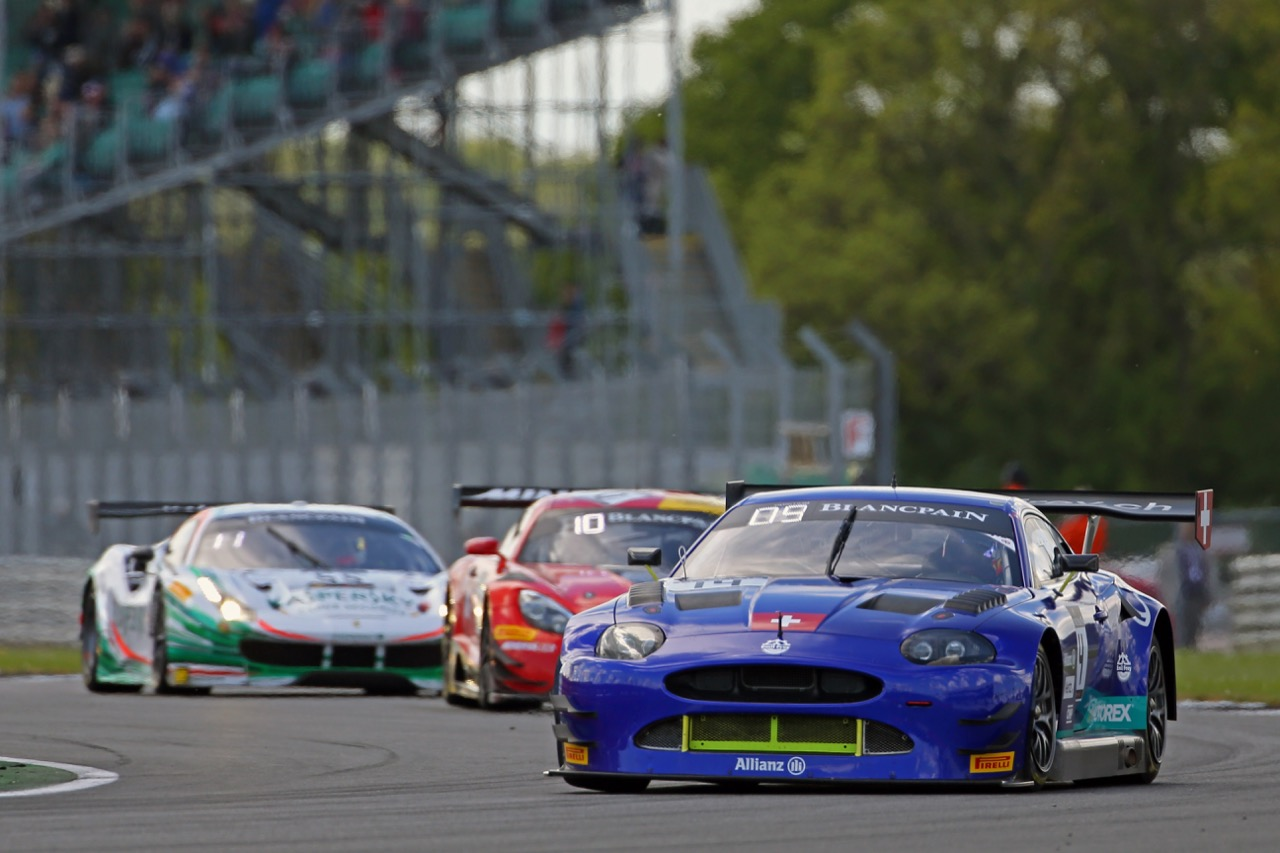Emil Frey Jaguar Racing - Lorenz Frey(CH), Stéphane Ortelli(MC), Albert Costa(E) - Emil Frey Jaguar G3