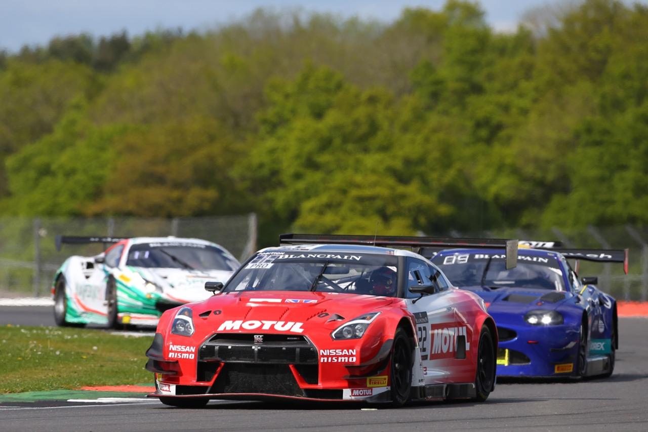 Motul Team RJN Motorsport - Matt Simmons(AUS), Matthew Parry(GBR), Struan Moore(GBR), Nissan GT-R Nismo GT3