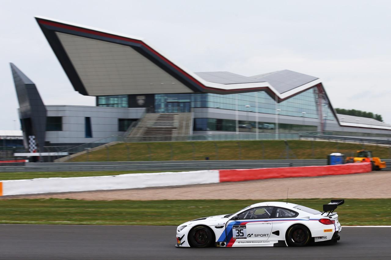 Walkenhorst Motorsport - Nico Menzel(D), Mikkel Jensen(DK), Jaap van Lagen(NL) - BMW M6 GT3
