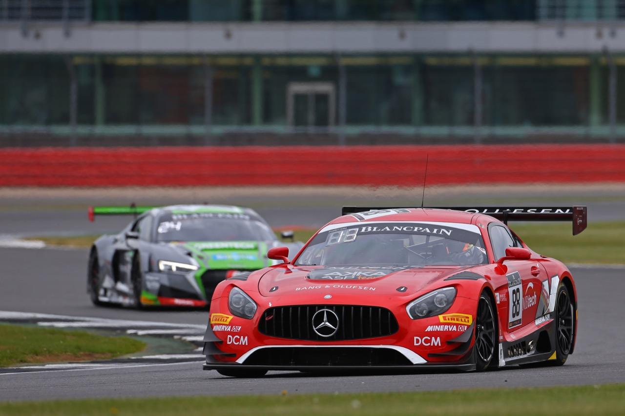 Akka ASP - Felix Serralles(PRI), Daniel Juncadella(ESP), Tristan Vautier(FRA) - Mercedes-AMG GT3