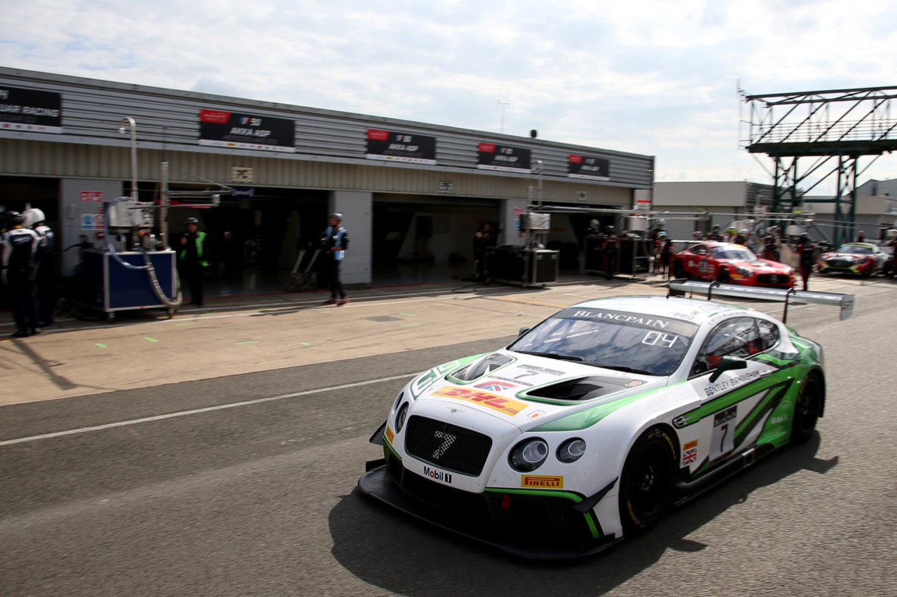 Bentley Team M-Sport - Steven Kane(GBR), Guy Smith(GB), Oliver Jarvis(GB) - Bentley Continental GT3