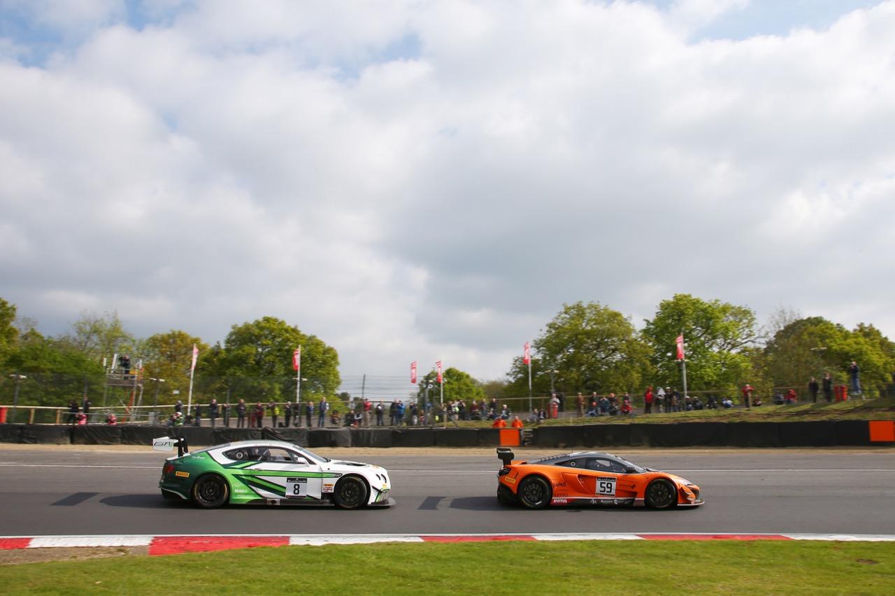 Bentley Team M-Sport - Maxime Soulet(BEL) - Andy Soucek(E) - Bentley Continental GT3 Strakka Racing - Andrew Watson(GBR) - Rob Bell(GBR) - McLaren 650S GT3