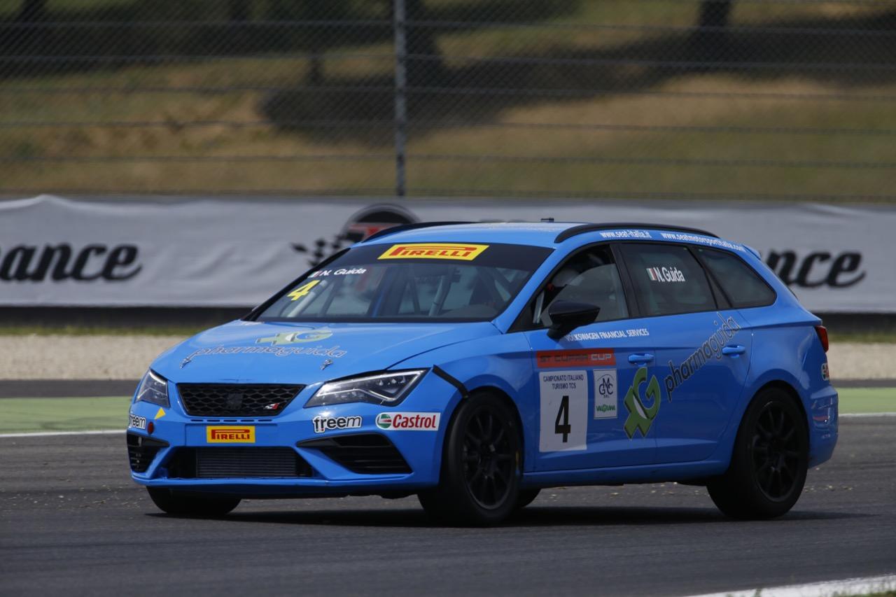 Nicola Guida (Seat Motor Sport Italia,Seat Leon Cupra ST-TCS2.0 #4)