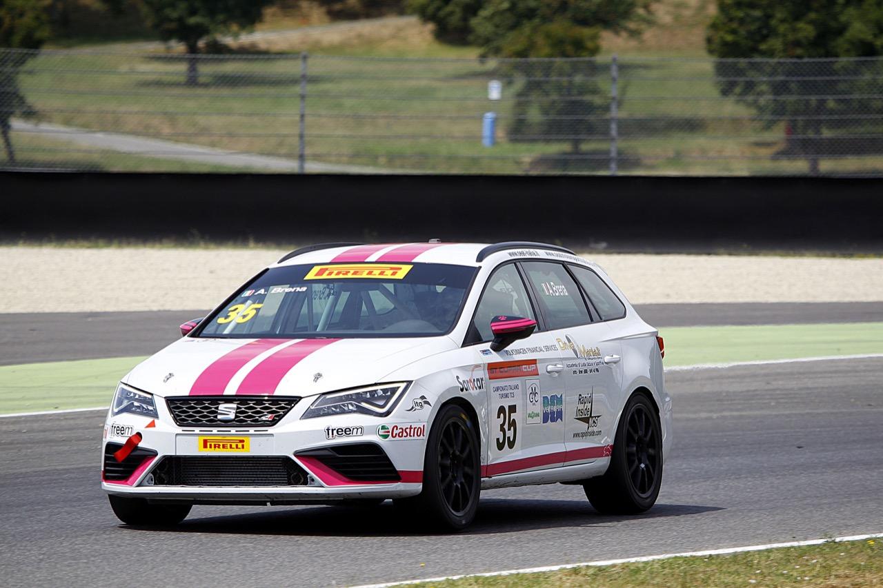 Alessandra Brena (Seat Motor Sport Italia,Seat Leon Cupra ST-TCS2.0 #35)