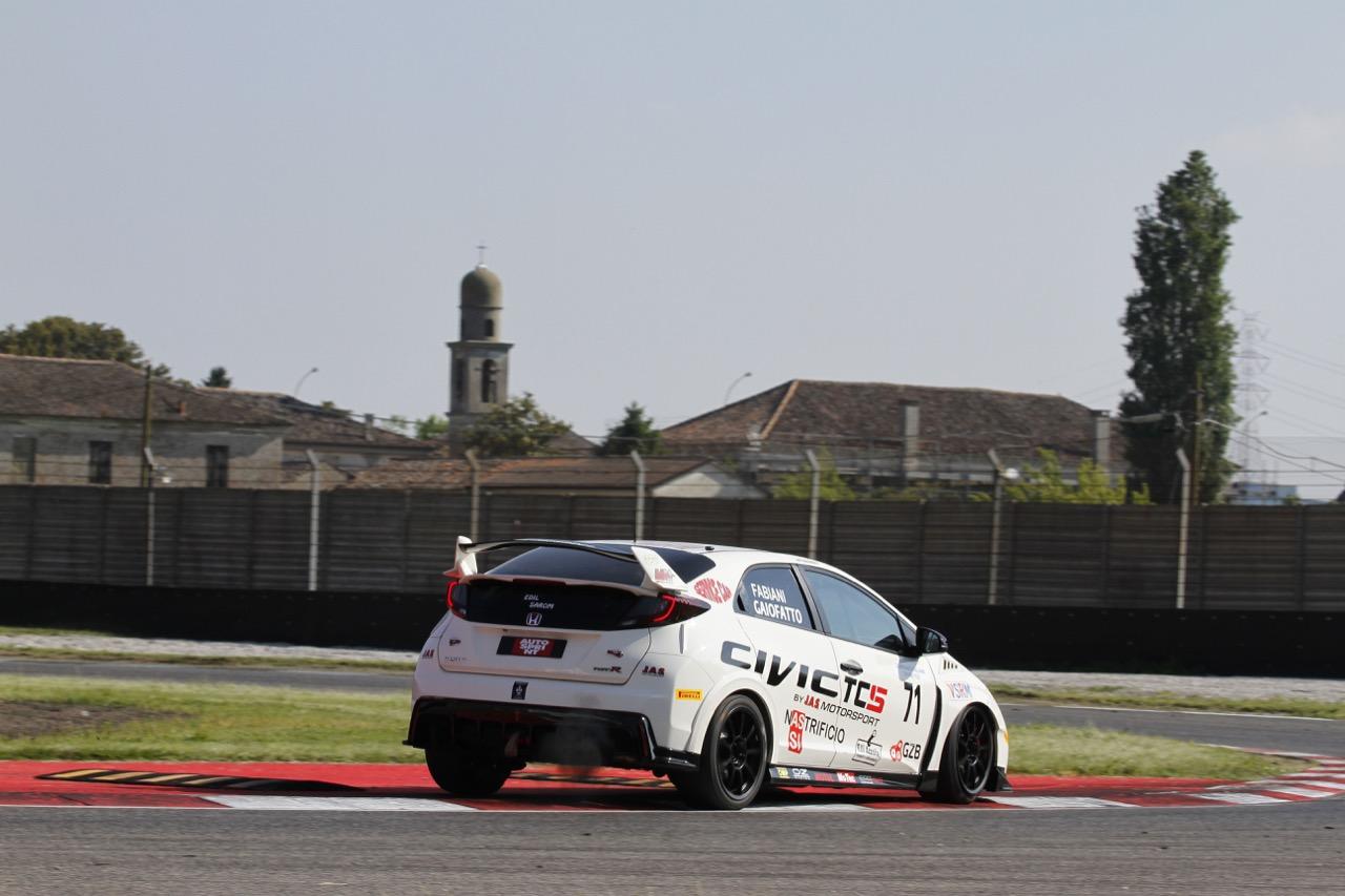 Fabiani-Fabiani (MM Motorsport,Civic Type R-TCS2.0 #71)