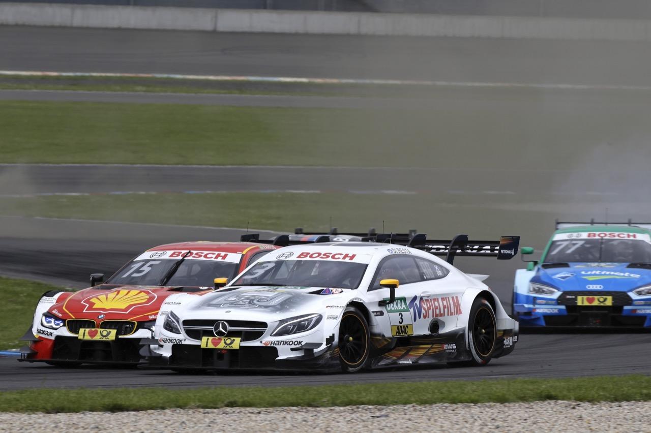 Augusto Farfus (BRA) - BMW M4 DTM BMW Team RMG Paul Di Resta (GBR) - Mercedes-AMG C63 DTM Mercedes-AMG Motorsport SILBERPFEIL Energy 20.05.2017