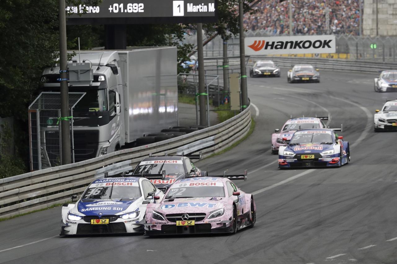 Maxime Martin (BEL) - BMW M4 DTM BMW Team RBM Lucas Auer (AUT) - Mercedes-AMG C63 DTM Mercedes-AMG Motorport BWT 02.07.2017