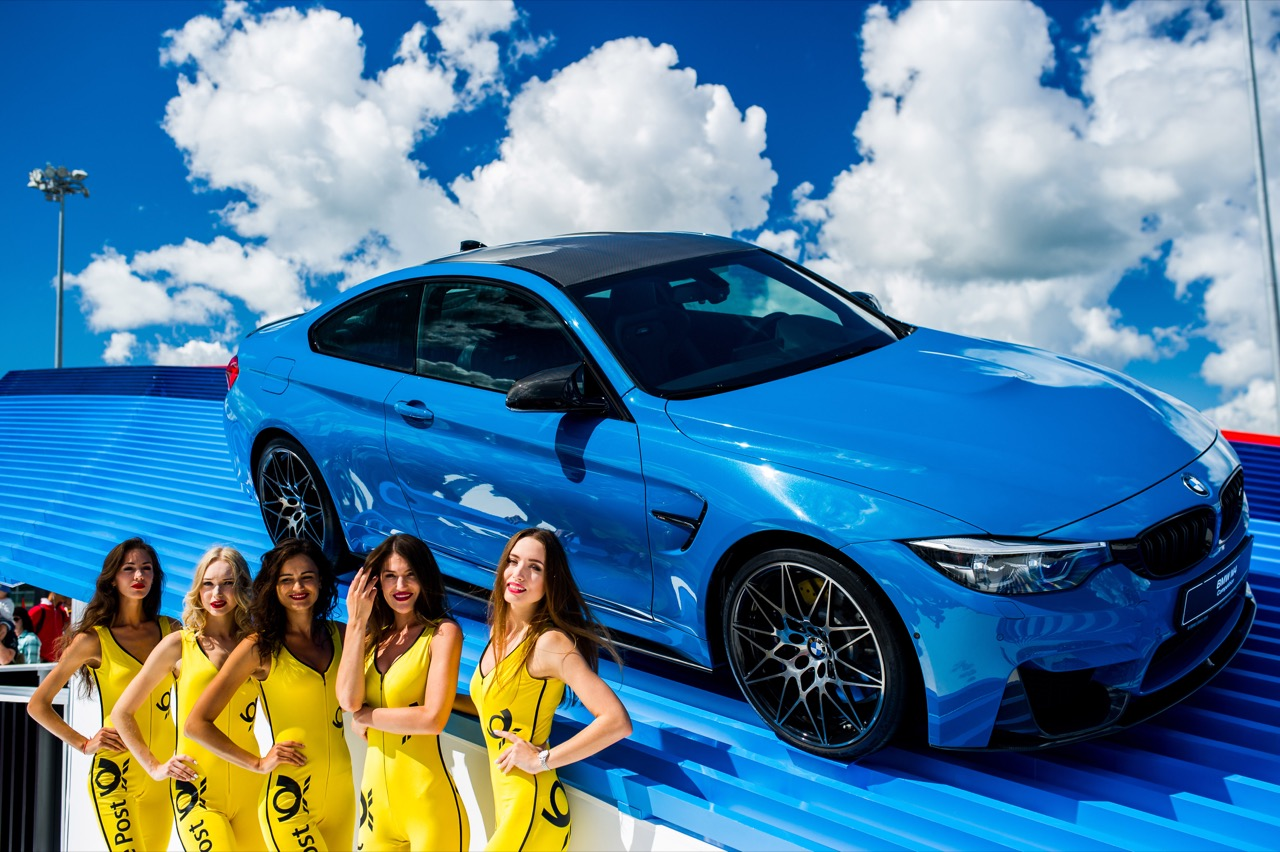 DTM grid girls BMW 23.07.2017