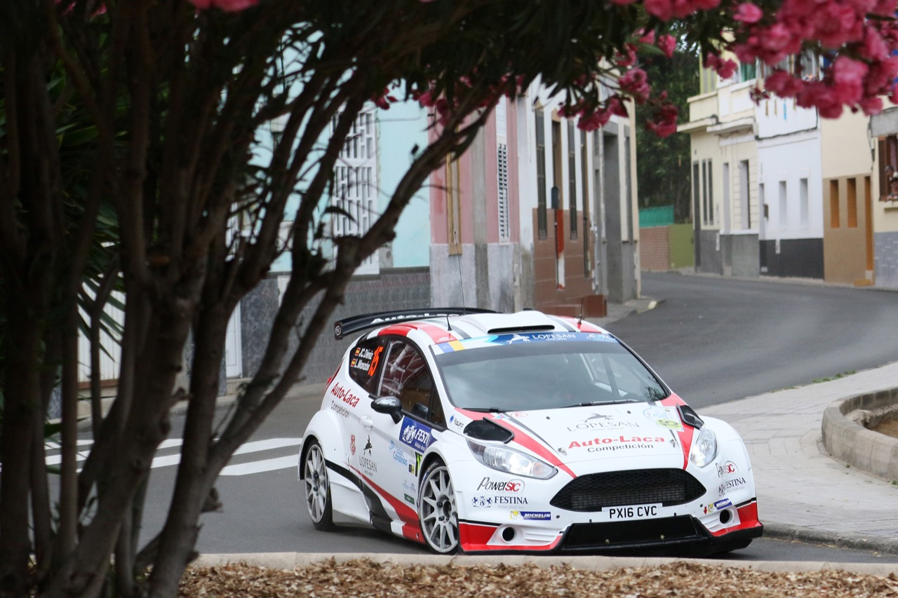 05.05.2017 - Luis Felipe Monzón Artiles (ESP) - José Carlos Déniz Holtmann (ESP) Ford Fiesta R5, Auto Laca Competición