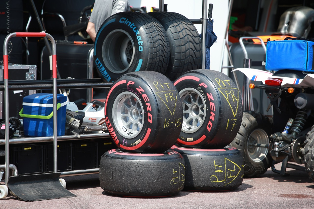 26.05.2017 - Race 1, Pirelli and OZ Wheels