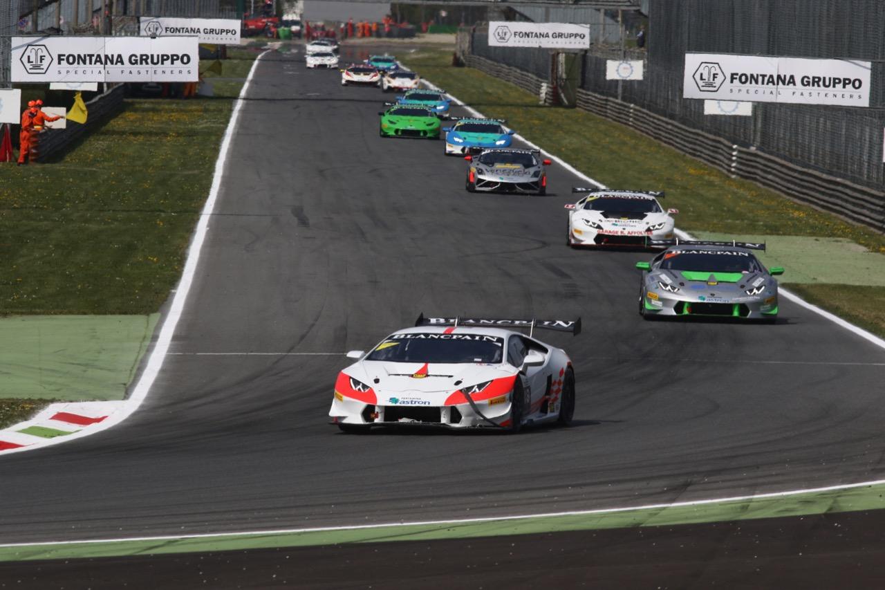 Oliver Rae (AUS), Jacopo Faccioni (ITA), Lamborghini Huracán LP 620-2 Super Trofeo, Team Vincenzo Sospiri Racing