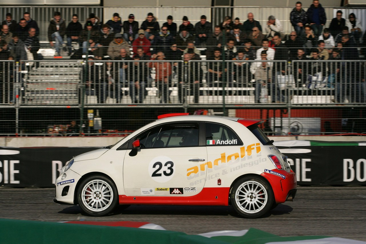 Motor Show Di Bologna 2011 Mobil 1 Arena Galleria 2