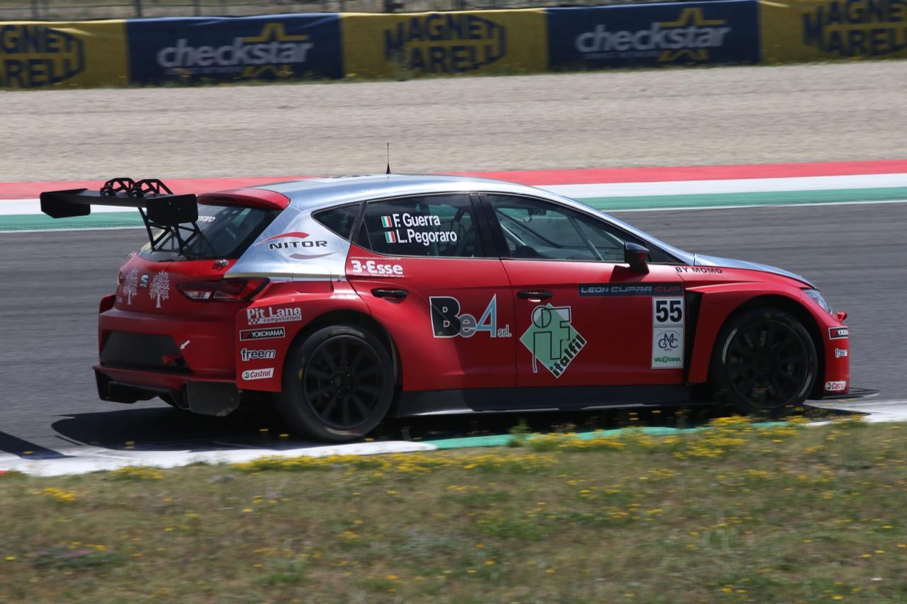 Francesco Guerra (ITA) Lorenzo Pegoraro (ITA) SEAT Leon Cup Racer,Pit Lane Competizioni