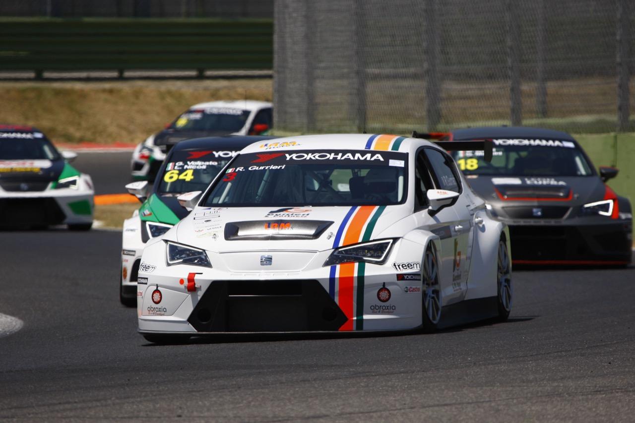 Raffaele Gurrieri (ITA) SEAT Leon Cup Racer,LRM