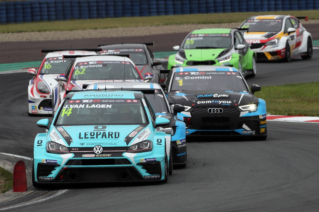 09.07.2017 - Race 2, Jaap van Lagen (NED) Volkswagen Golf GTi TCR, Leopard Racing Team WRT