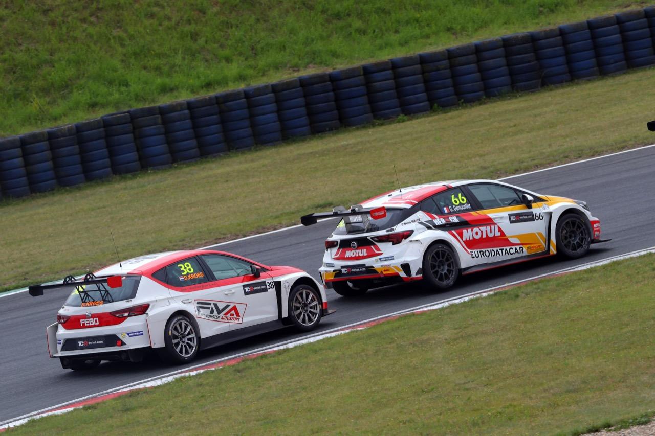 09.07.2017 - Race 2, Grégoire Demoustier (FRA) Opel Astra TCR, DG Sport Compétition