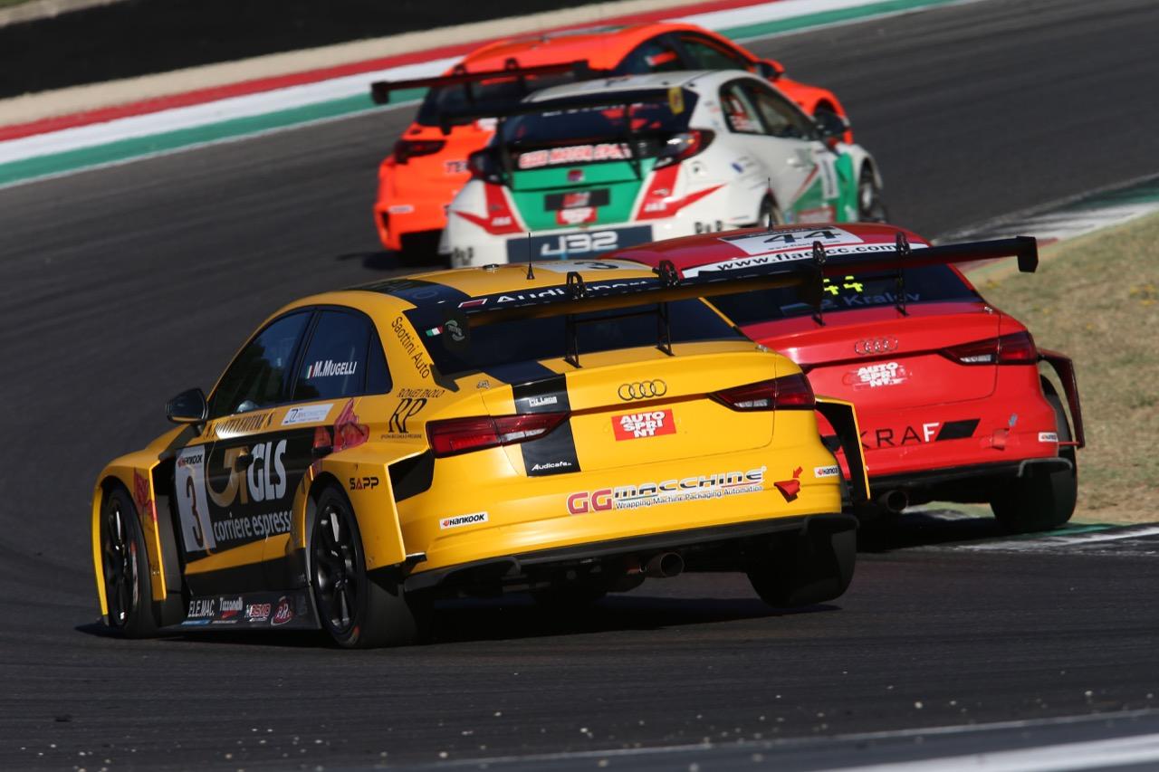 Max Mugelli (Pit Lane,Audi RS3 LMS-TCR #3),  Plamen Kralev (Kraf Racing,Audi RS3 LMS-TCR #44)