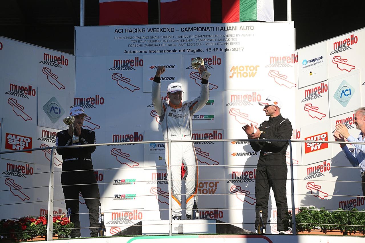 Podio TCR gara 2, Nicola Baldan (Pit Lane,Seat Leon TCR-TCR #8), kevin Giacon (Opel Astra-TCR-TCR #15),  Plamen Kralev (Kraf Racing,Audi RS3 LMS-TCR #44)