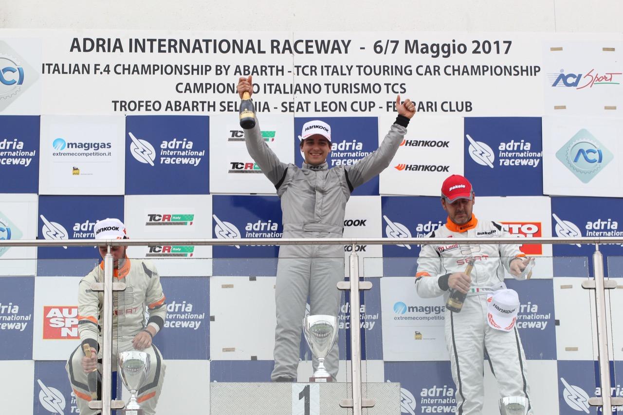 Podio TCR gara 2, Eric Scalvini (MM Racinge,Honda Civic TCR-TCR #9), Giacon-Giacon (Opel Astra-TCR-TCR #15)