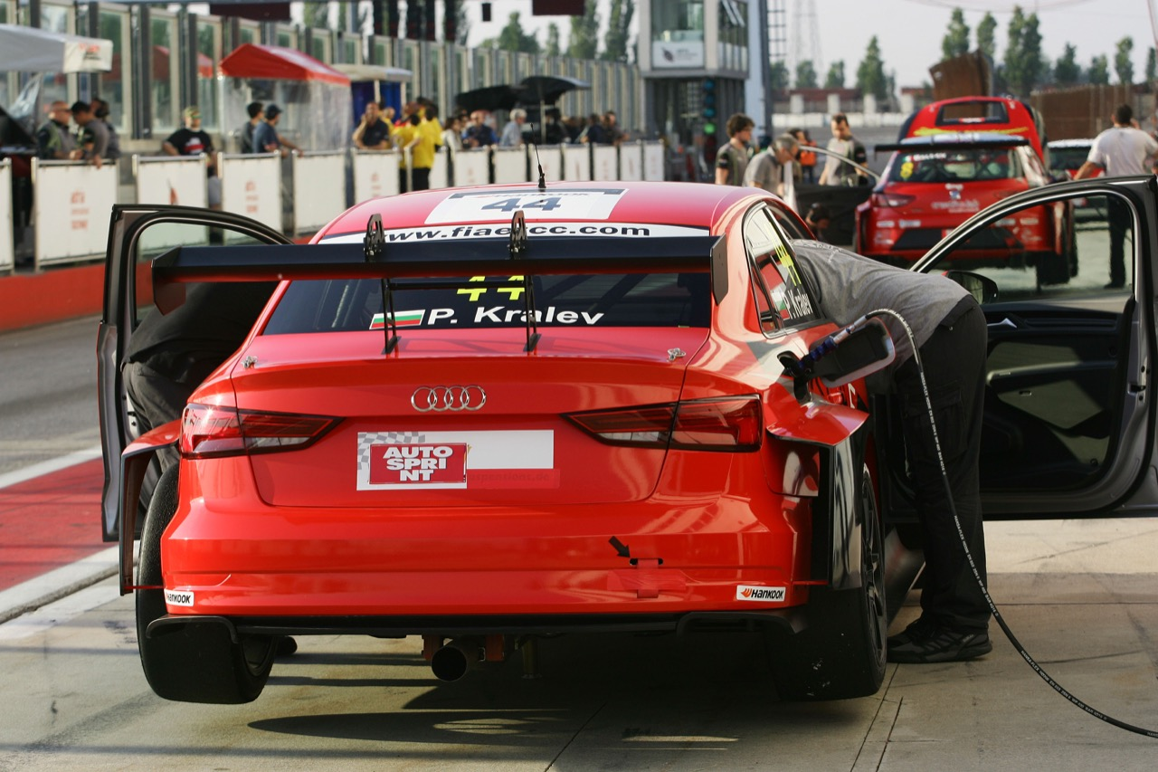 Plamen Kralev (Audi RS3 LMS-TCR #44)