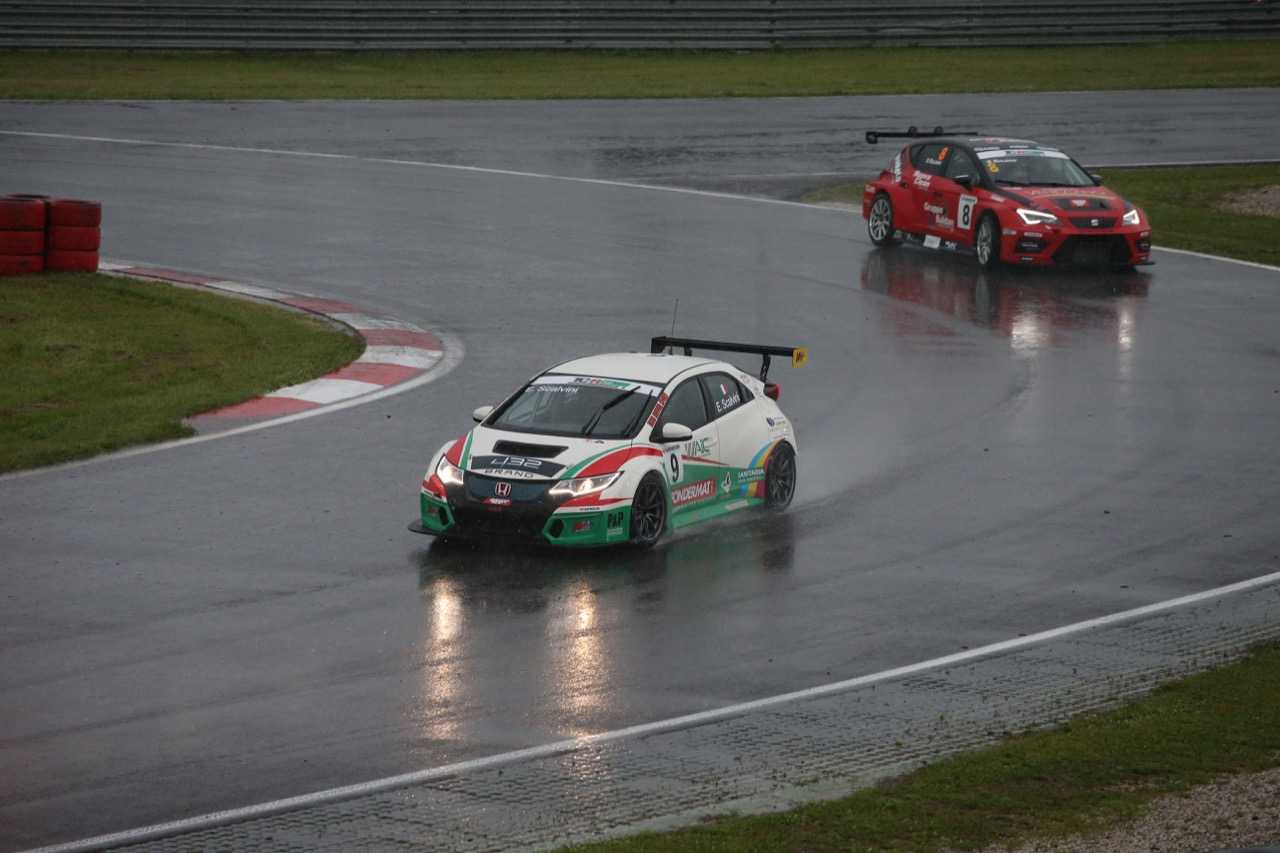 Eric Scalvini (MM Racinge,Honda Civic TCR-TCR #9)