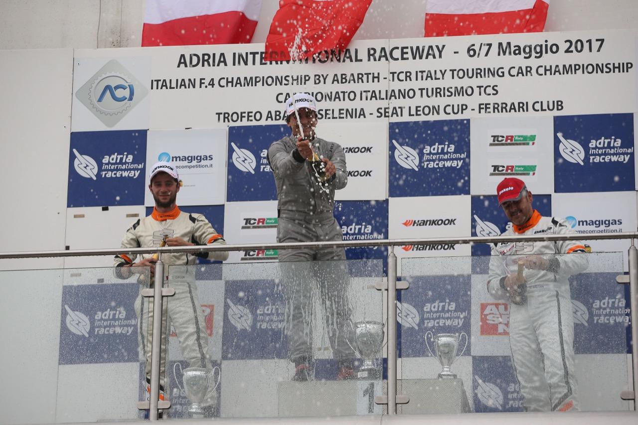 Gara 1 podio TCR, Eric Scalvini (MM Racinge,Honda Civic TCR-TCR #9),  Giacon-Giacon (Opel Astra-TCR-TCR #15), Nicola Baldan (Pit Lane,Seat Leon TCR-TCR #8)