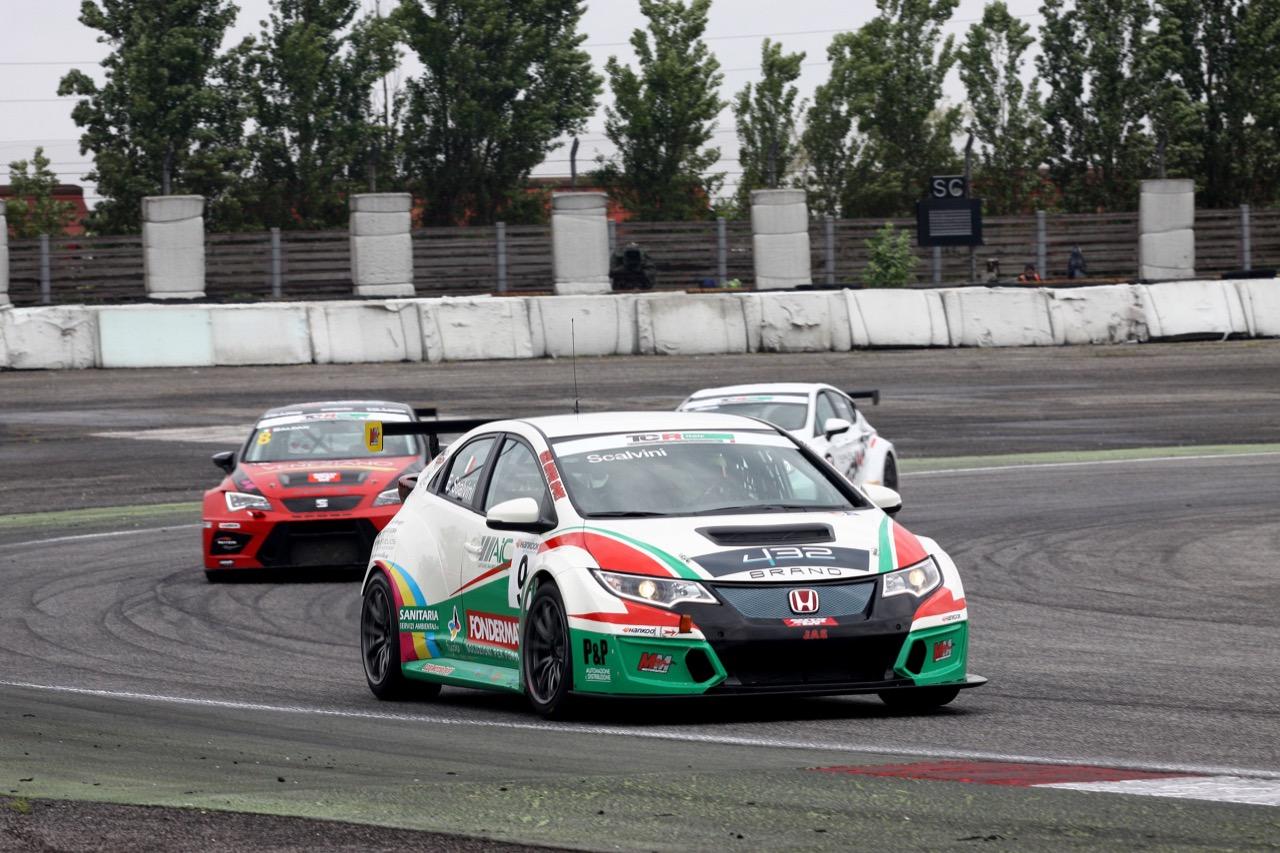 Eric Scalvini (MM Racinge,Honda Civic TCR-TCR #9)