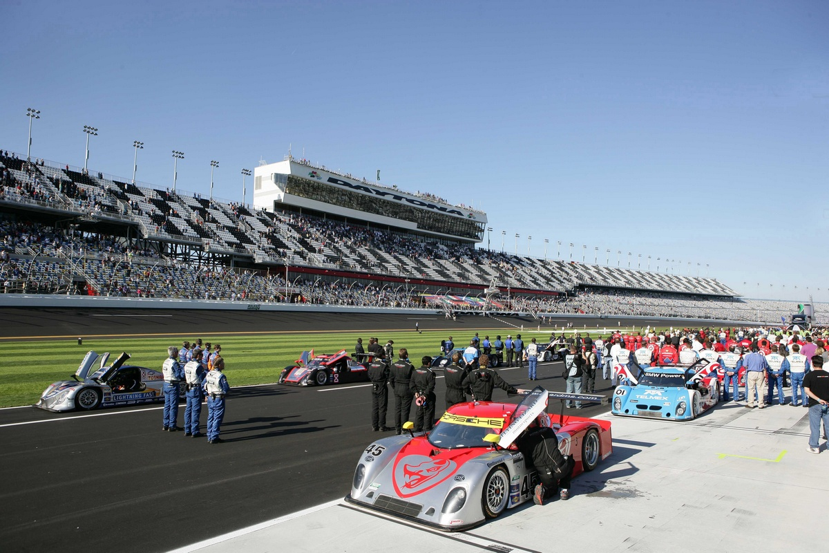 USA RACE 24 Ore di Daytona 2011 - Galleria 4