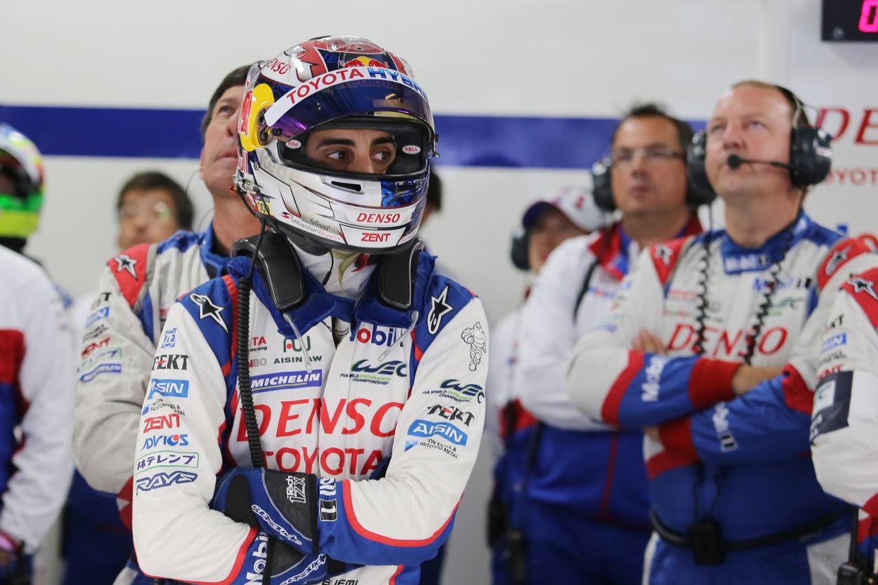 Sebastien Buemi (SUI) #01 Toyota Racing Toyota TS040 Hybrid. 10.10.2015.