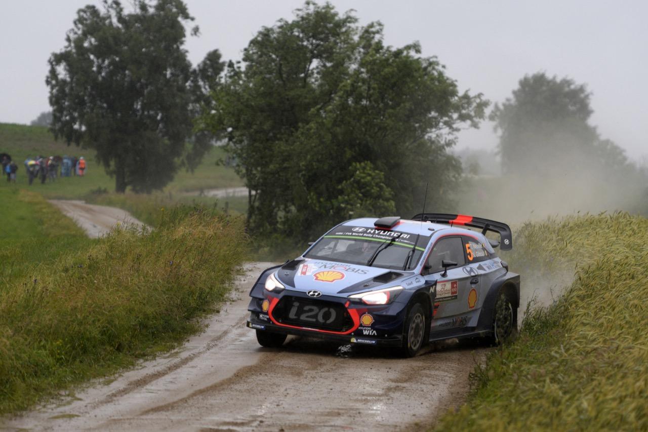 30.06.2017 - Thierry Neuville (BEL)-Nicolas Gilsoul (BEL) Hyundai i20 Coupe WRC, Hyundai Motorsport