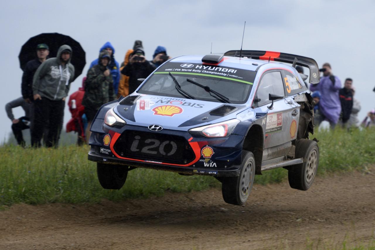 01.07.2017 - Thierry Neuville (BEL)-Nicolas Gilsoul (BEL) Hyundai i20 Coupe WRC, Hyundai Motorsport