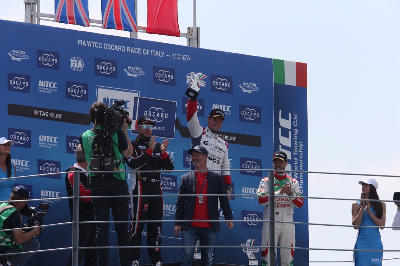 Podium race 1 with: winner Tom Chilton (GBR), second Rob Huff (GBR) and third Tiago Monteiro (PRT)