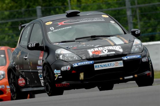 La doppia vittoria sul circuito belga di Spa nella Clio Cup Italia ha un sapore di trionfo