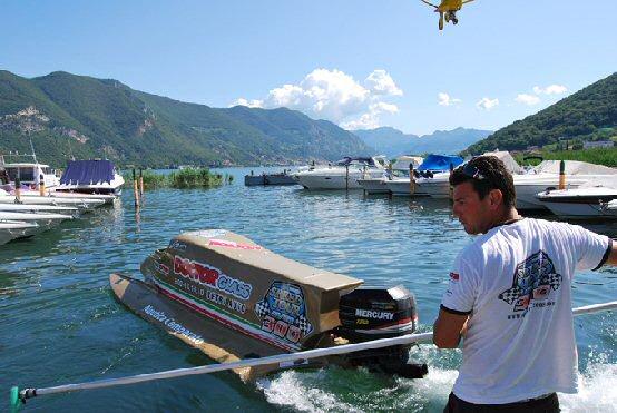 Kart – Alessandra Brena prova una Formula 1 … nautica