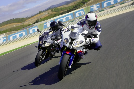 BMW Motorrad Italia debutta nel Campionato del Mondo Superstock 2010 con la nuova BMW S 1000 RR