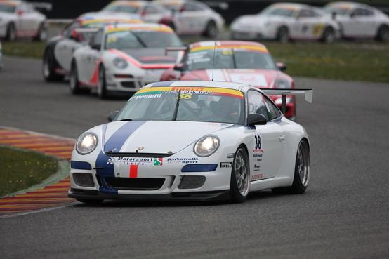 Targa Tricolore Porsche: Vallelunga ospita da oggi l'edizione 2010
