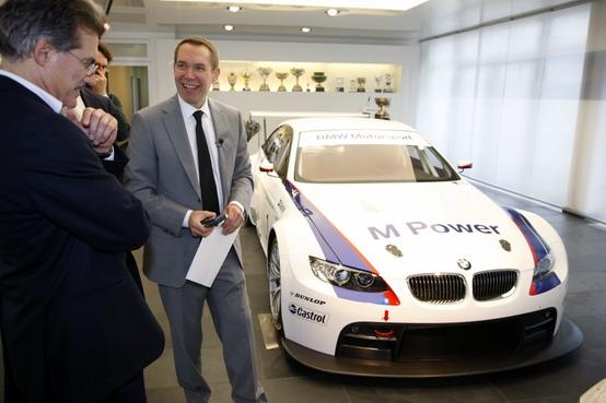 24 Ore LeMans: anche la Bmw M3 GT2 di Jeff Koons sarà sulla griglia di partenza