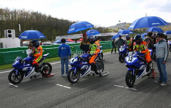 Yamaha R125 Cup 2010: Pala vince l'esordio di Varano de' Melegari