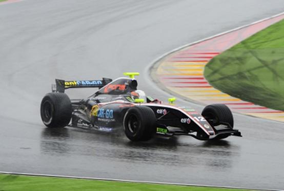 Motorland: Sorprendente Zampieri. Best rookie e podio al debutto in gara-1