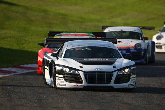 GT3: le Audi R8 Lms sbancano Vallelunga nel campionato italiano