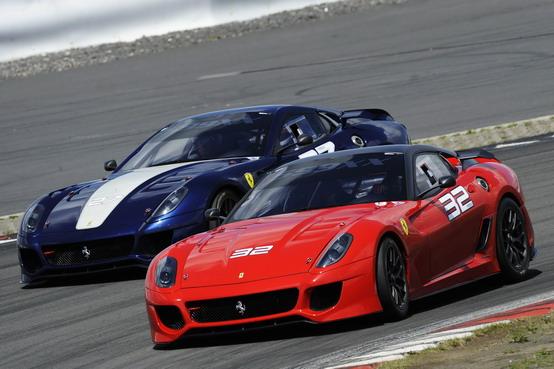 Ferrari: sul Nürburgring proseguono i test della 599XX, della FXX e della 458 Challenge