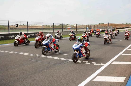 Ducati Desmo Challenge: nominati i campioni 2010 sul circuito di Franciacorta
