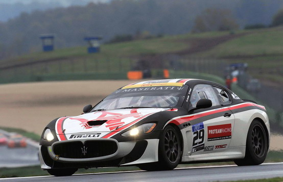 Vallelunga, doppietta della Maserati GranTurismo MC nella 6 Ore