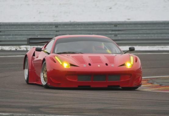 Ferrari: Primi passi della 458 GTC a Fiorano