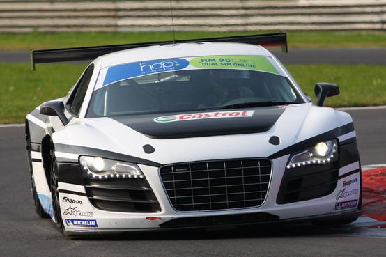 Motor Show 2010: Marco Bonanomi in pista con l'Audi R8 LMS