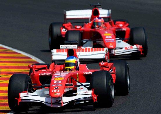 Generazioni di Ferrari in pista al Mugello