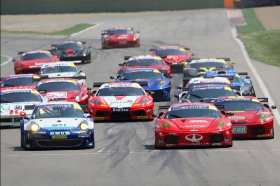 International GT Open: primo weekend color Rosso Ferrari