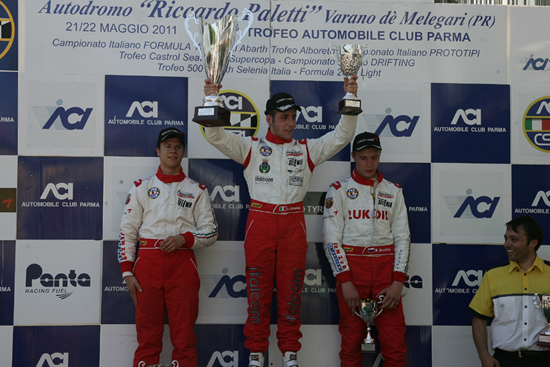 F. Abarth – Lorenzo Camplese conquista la prima vittoria a Varano
